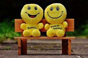 blur-chair-cheerful-160739
